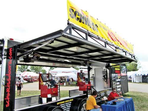Schweiss Bi-Fold Doors ...  sc 1 st  Midwest Flyer & Schweiss Doors Develops New u0027Red Poweru0027 Hydraulic Pump | Midwest ...